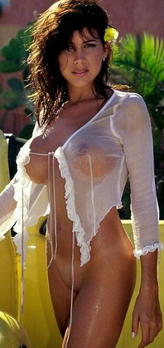 Wet sexy naked country women